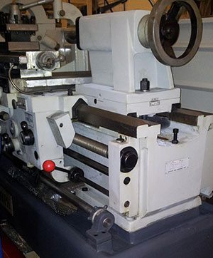 Универсальный токарный станок SPF-2000PHS