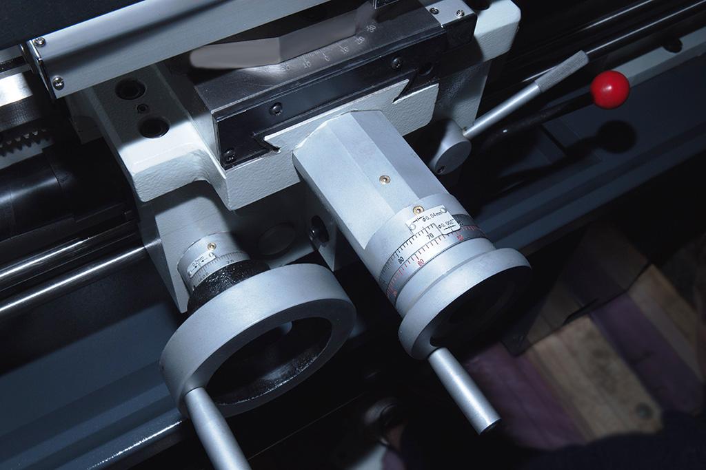 Универсальный токарно-винторезный станок X40100