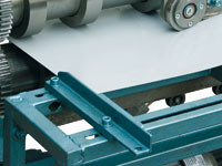 Подвижные регулируемые направляющие линии резки металла СПР-1250/5-А