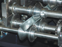 Производство уголка на станке для изготовления L-профиля серии УП